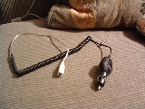 Make USB Car Charger For iPod Or Other Devices That Charge Via USB