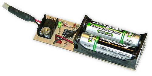 USB Powered AA NiMH and NiCd Battery Charger