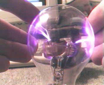 How to make a simple plasma globe