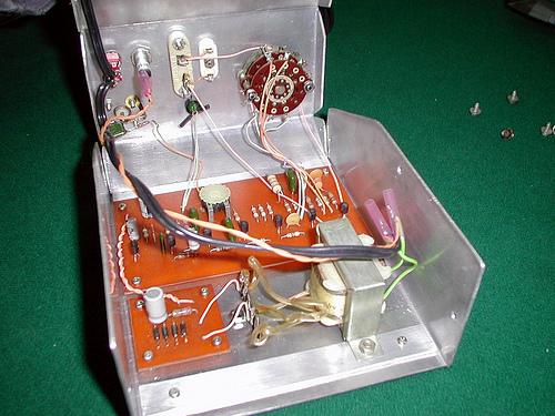 LF Crystal Controlled Oscillator