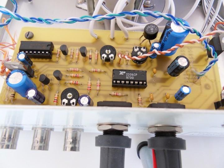 1Hz to 1MHz XR2206 Function Generator