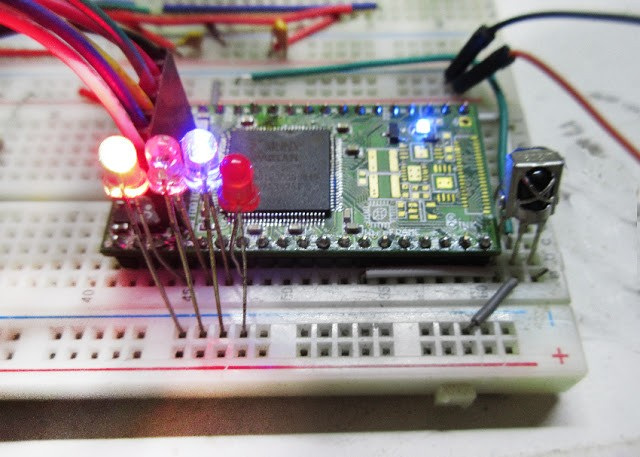 WireFrame FPGA Board : NEC IR Receiver module With VerilogHDL