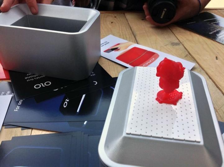 OLO: Transform a Smartphone into a 3D Printer