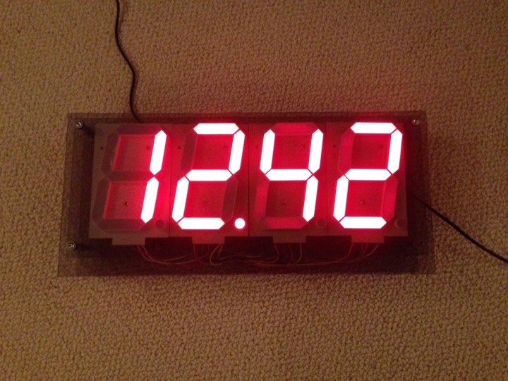 Make a huge 7-segment digital clock with Arduino