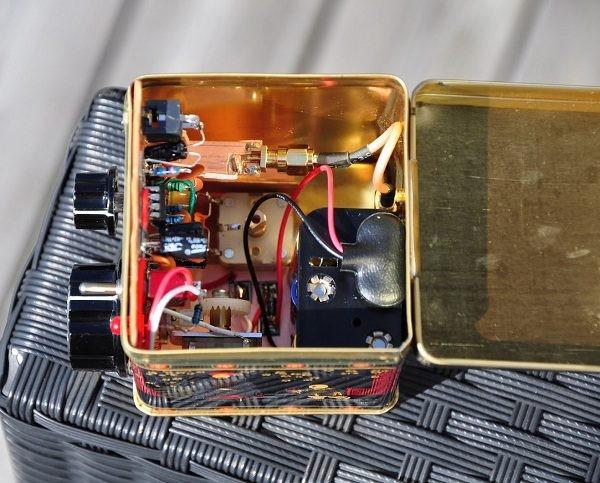 EMRFD Direct conversion 40m receiver in a tea caddy