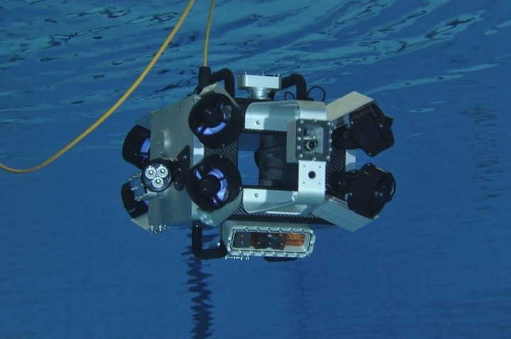 Scubo is an omnidirectional robot for underwater exploration