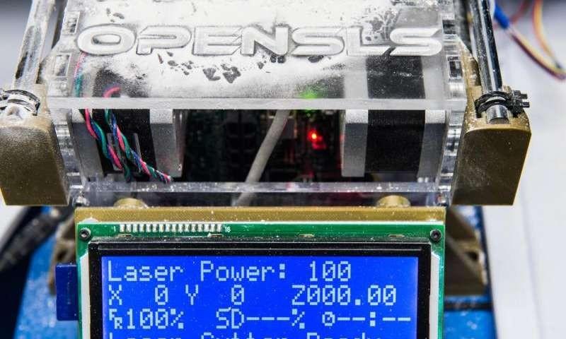 Bioengineers make open-source laser sintering printer for biomaterials fabrication 40x cheaper