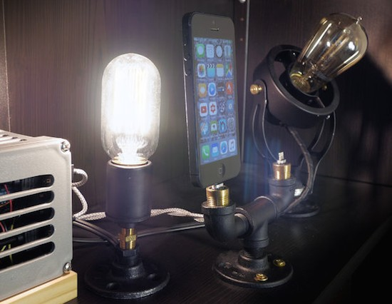 An Arduino charging dock with Edison indicator lights