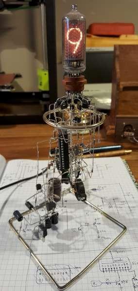 Single tube Lethal Nixie clock