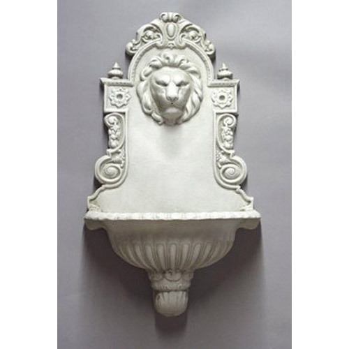 English Lion Wall Fountain