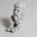 Gnome Sitting 8