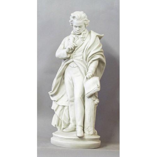Beethoven-Standing 24