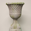 LATTICE BUTTON URN