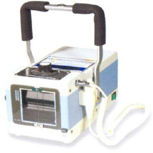 Equipo de rayos X portátil 1.6 kW 100/20 mA con estuche Cat. PSK-PXP-20HF Poskom