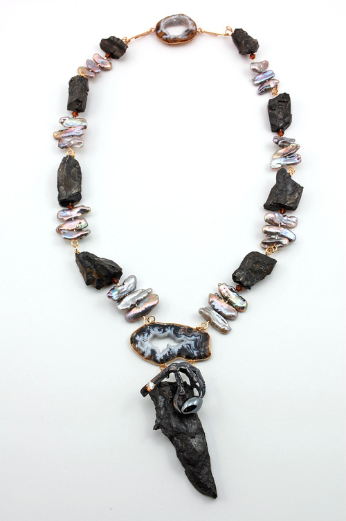 Full coal necklace