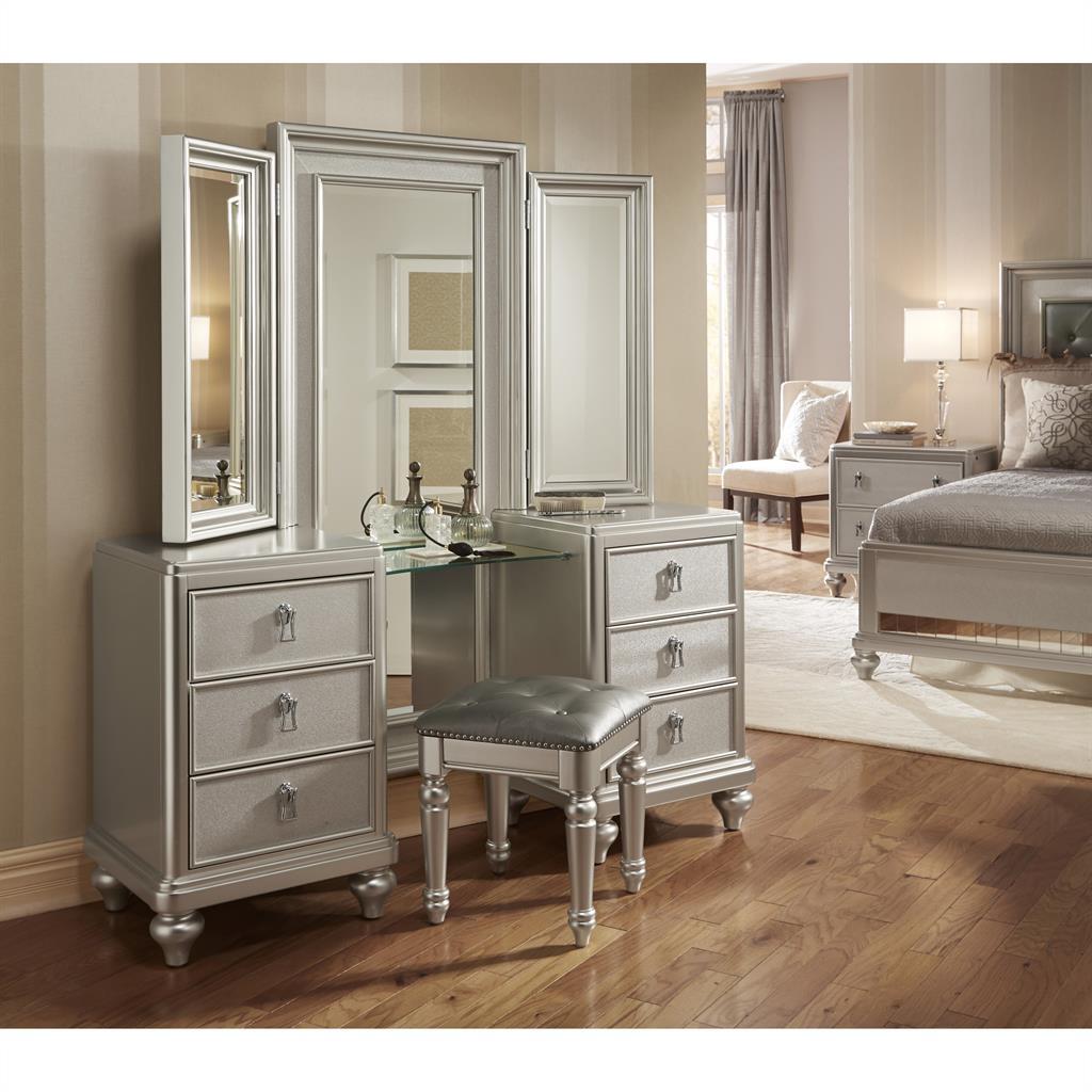 Diva Vanity Dresser w stool  Diva Dressers. Diva Vanity Dresser w stool  Diva Dressers    Home Meridian