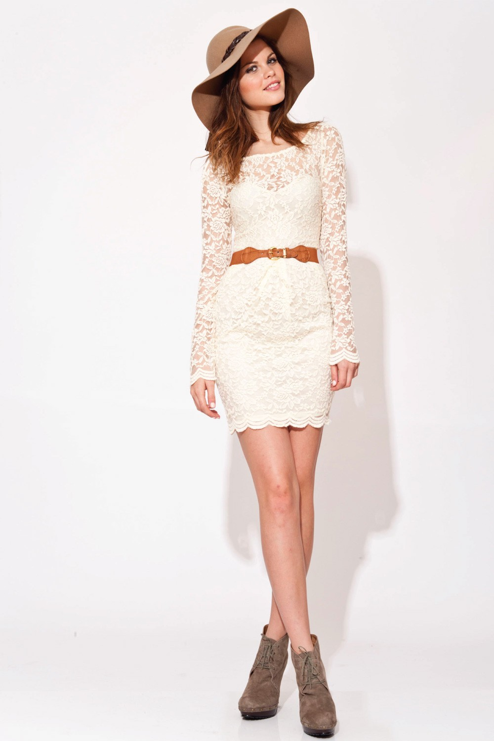 Valentina lace Dress