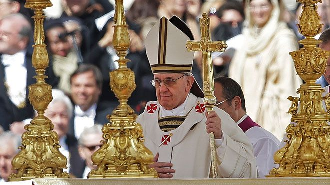 [Image: pope-francis-gold-candlesticks.jpg]