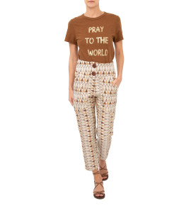 CAMISETA PRAY TO THE WORLD