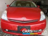 Toyota Prius for sale located in Lahore