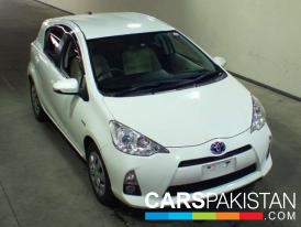 2013, Pearl White Toyota Others (Petrol ) For Sale, Karachi, By: Asif  (Dealer)