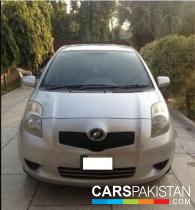 2006, Silver Toyota Vitz (Petrol ) For Sale, Lahore, By: Ali Hassan  (Private Seller)