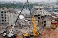 RCB has Clash with Labourers for Demolishing Plaza