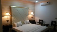 325 Sq Feet 1 Bedroom Good Location Apartment For Rent