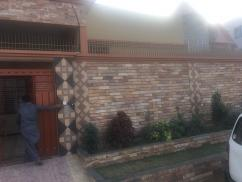 400 Sq Yards 3 Bedrooms Perfect Location House For Sale