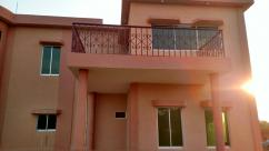 Brand New 4000 Sq Yards Beautiful Location Farm House For Sale