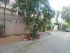 240 Sq Yard 5 Bedrooms Good Location House For Sale In Block 11