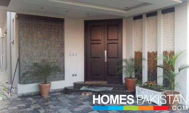 10 Marla 4 Bedrooms House For Sale DHA Phase 5 Lahore By