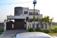 14.5 Marla 3 Bedrooms Prime Location Brand New Luxury Bungalow For Sale In Q Block