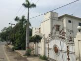 Corner 2 Kanal Prime Location House For Sale On Main Road