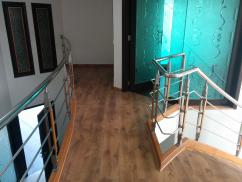 1 Kanal 5 Bedrooms Beautiful Location Bungalow For Sale