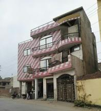 5 Marla Beautiful Location Commercial Building For Sale In D Block