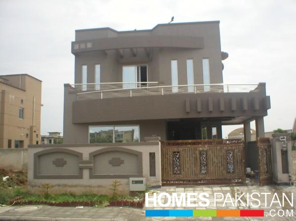 10 Marla 7 Bedroom Triple Storey Beautiful House for Sale in Phase 4 ...