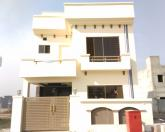 5 Marla 4 Bedrooms Attractive Location House For Sale