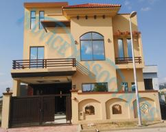 7 Marla 5 Bedrooms Prime Location House For Sale