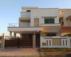 10 Marla 5 Bedrooms Top Location House For Sale