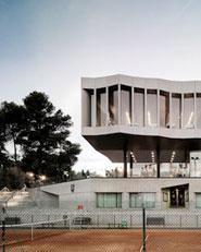 Ampliación y reforma de los edificios sociales en el Stadium Casablanca de Zaragoza