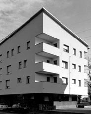 Intervento di architettura residenziale pubblica a Pioltello (MI). 38 alloggi ALER