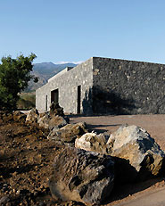 Cantina alle pendici dell'Etna