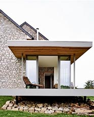 Renovation & extension of a holiday house