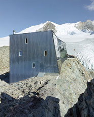 New Tracuit Mountain Hut