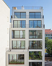 Apartment house in Berlin Mitte