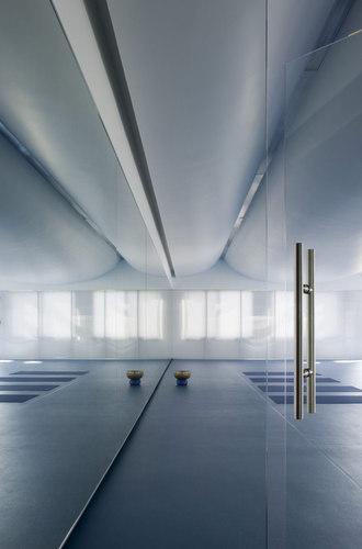 Blank Studio — Yoga Deva