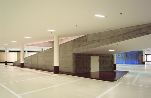 Photo_car_park_lukas_roth_6_large