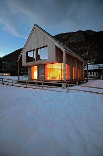 Ofis Arhitekti — 6x11 Alpine hut