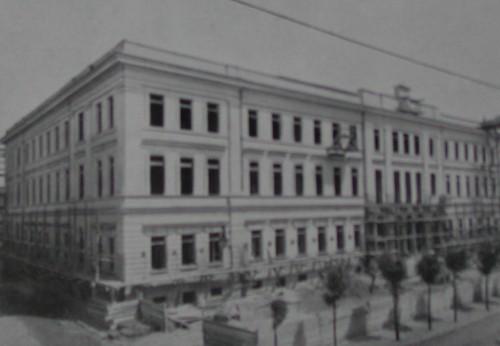 Marianna pregoni l edilizia scolastica a napoli nel for Piani a pianta aperta